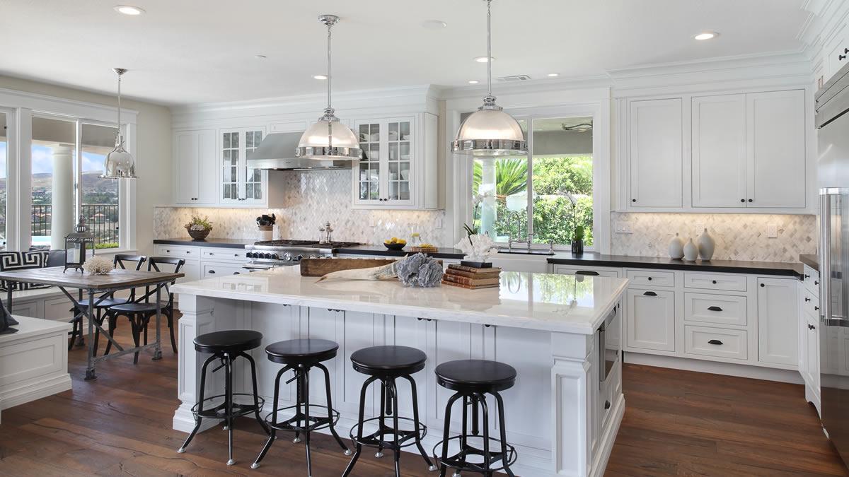 San Clemente Kitchen - Kitchens