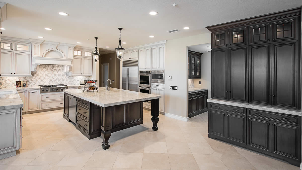 Kitchen flooring in Lake Forest Ca