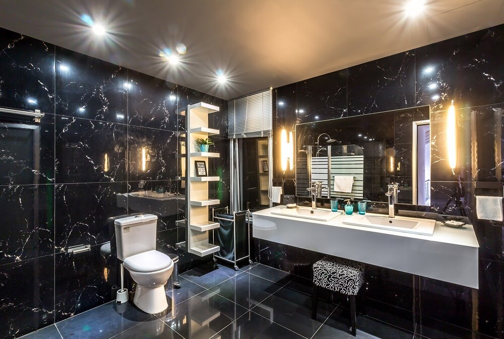 Nicely Decorated Bathroom