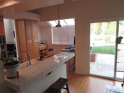 Coursan-Kitchen-Before